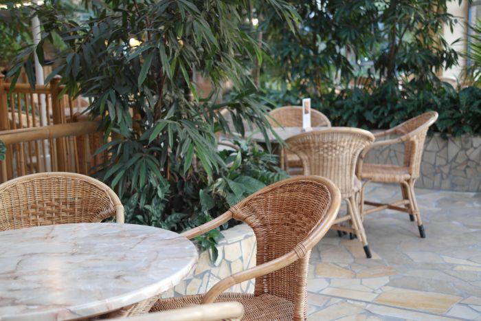 Leben à la carte: Innenbereich Gastronomie Saunawelt H2O Herford