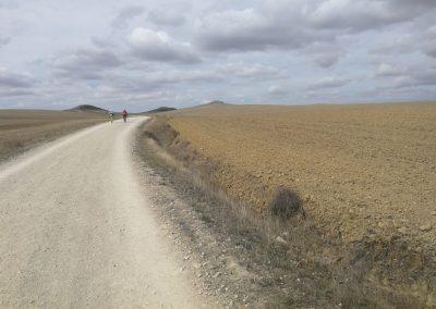 Camino Francés: Bitterböse Periodenschmerzen und weitere (fast) tödliche Wander-Wehwehchen (Jakobsweg Etappe 18+19)