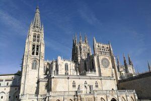 Camino Francés: Sightseeing in Burgos und ein ungewollter Langzeitaufenthalt in der Großstadt (Jakobsweg Etappe 15)