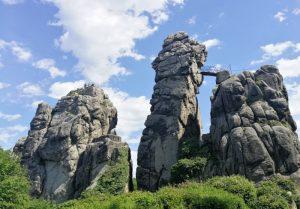 Wandern in Lippe: Auf den Spuren der Prinzen Story (Horn-Bad Meinberg bis Detmold via Externsteine, Falkenburg, Hermannsdenkmal)